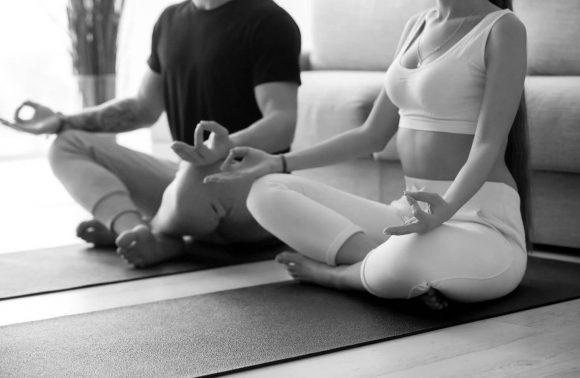 Taller de Yoga Integral para Adultos